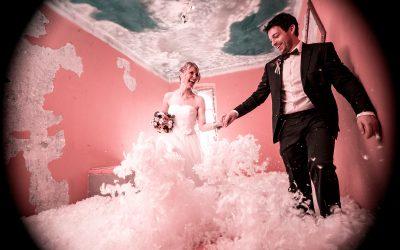 Hochzeit und Fotoshootings im Schwanen Mottozimmer der Galerie August